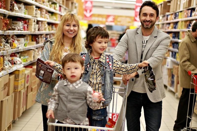 поход с детьми в магазин